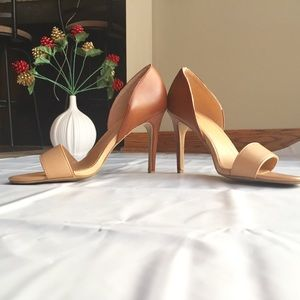 Express Nude and Brown Heels sz 9